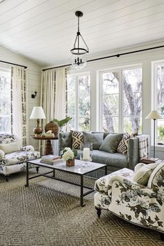 Highlights of the 2019 Southern Living Idea House Luxury and Cozy Farmhouse Living Room Decor Ideas Southern Living Magazine, Southern Living Homes, Country Living, Living Room Furniture, Living Room Decor, Modern Furniture, Rustic Furniture, Corner Furniture, Dining Room