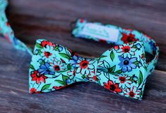 Boys Floral Blue Cotton Bow Tie, bowtie in infant, toddler, child, and preteen sizes, pre-tied and adjustable - pinned by pin4etsy.com