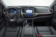 2014 Toyota Highlander interior
