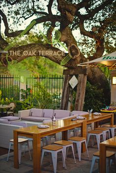 The Oak Terrace at Peddlars & Co.