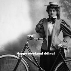 Happy weekend riding! Let's try be happier than this lady but as stylish!  Please #cyclelikeagirl to share your stories and follow @cyclelikeagirl to promote women's cycling together .  #weekendrides #TGIF #womenscycling #cycling #mtb #cyclocross #track #roadbike #bmx #triathlon #tri #tribike #qom #bike #strava #stravacycling #outdoorwomen #thisgirlcan #cyclingphotos #community #fixiegirls #yourrideyourrules #likeagirl #inspirationalwomen
