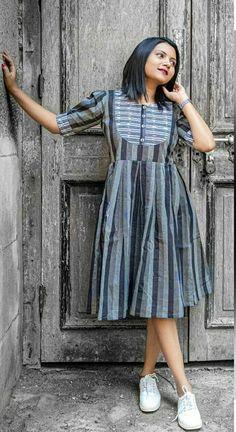 Frock Fashion, Indian Fashion Dresses, Skirt Fashion, Fasion, Fashion Outfits, Salwar Pants, Anarkali Kurti, Saree, Girls Designer Dresses