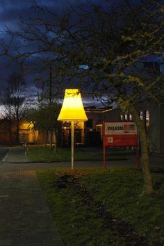 Schemerlamp Woonboulevard Hoendiep - Studio Anderlicht (foto: Marije Maat)