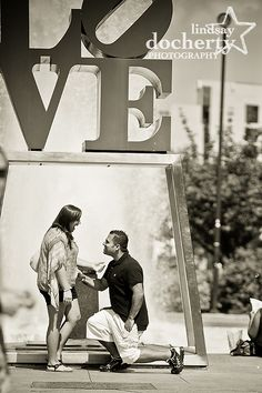 Marriage Proposal Pictures At Love Park Lindsaydocherty Philadelphia Photographer