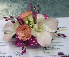 Custom Daddy Daughter Dance corsage flowers with fun polka dots and sparkle! Send Flowers, Fresh Flowers, Wristlet Corsage, Daddy Daughter Dance, School Fundraisers, Corsages, Gift Baskets, Rose, Daughters