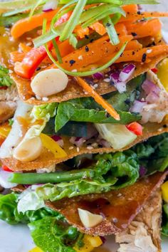 Cheesecake Factory Luau Salad with an Asian Balsamic Vinaigrette, crunchy wonton sheets, vegetables and macadamia nuts, this recipe is a perfect copycat! Easy Soup Recipes, Salad Recipes, Chicken Recipes, Dinner Recipes, Healthy Recipes, Keto Recipes, Cheesecake Factory Salads, Vegetable Prep, Restaurant Recipes