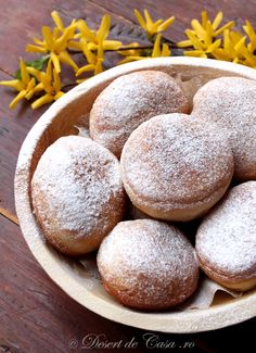 Gogosi pufoase - Desert De Casa - Maria Popa Beignets, Focaccia Bread Recipe, Romanian Food, Romanian Recipes, Good Food, Yummy Food, Cata, Desert Recipes, Baked Goods