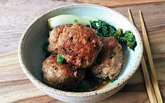 Chinese Lion's Head Meatballs
