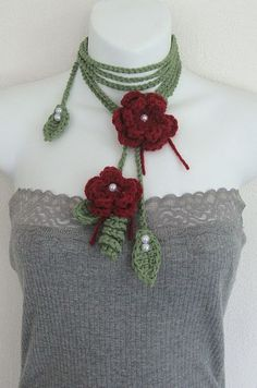 Spring Roses Crochet Green Leaf Lariat Necklace: Made by shelbyrose in 1000markets