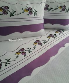 Linen Bedding, Bedding Sets, Textiles, Bed Covers, Eminem, Home Textile, Bed Pillows, Diy And Crafts, Pillow Cases