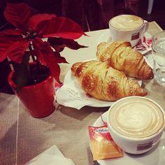 """Un dolce momento di """"Aletrinky"""" via Instagram. #colazione #eridania #zucchero #eridanialovers"""