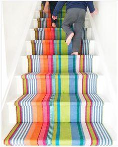 Home Interior Cuadros Stair Runner Installation, Staircase Runner, Stair Runners, Modern Basement, Basement Ideas, Basement Plans, Basement Renovations, Painted Stairs, Painted Staircases