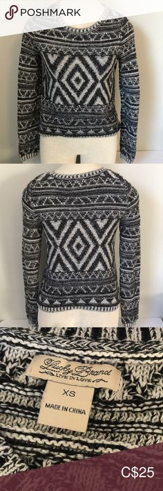 Lucky Brand Crewneck Knit Sweater Size XS Beautiful Patterned Knit Sweater Great Used Condition Size XS Measurements Approximate - Laid Flat Pit to Pit Shoulder to Hem Sleeve Length Plus Fashion, Fashion Tips, Fashion Trends, Lucky Brand, Scoop Neck, Crew Neck, Sweaters For Women, Smoke Free, Flat