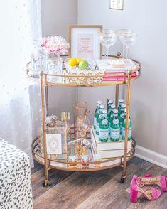 girly glam bar cart - Home {Bar Cart Inspiration} - Deco Home Home Bar Decor, Bar Cart Decor, Chinoiserie, Drink Cart, Gold Bar Cart, Bar Cart Styling, Girly, Bar Furniture, Plywood Furniture