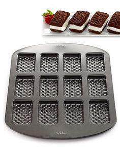 Bakeware at Macy's - Baking Supplies, Bakeware Sets - Macy's