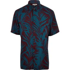 River Island Purple palm tree print short sleeve shirt (3675 RSD) ❤ liked on Polyvore featuring men's fashion, men's clothing, men's shirts, men's casual shirts, purple, shirts, mens tall shirts, mens purple shirt, mens short sleeve shirts and mens button front shirts