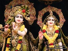 Sri Sri Radha Krishna Wallpaper {ISKCON Chennai} For more screen resolution wallpapers visit http://harekrishnawallpapers.com