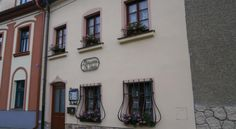 Enjoying a quiet location in Cesky Krumlov, the Penzion Po Vode offers free WiFi in all rooms. Wi Fi, Travel, Viajes, Destinations, Traveling, Trips