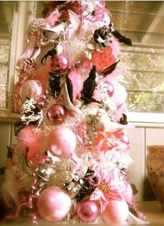 Pink and Black Christmas Tree oooohhh-christmas-tree Black Christmas Trees, Merry Christmas, Shabby Chic Christmas, Beautiful Christmas Trees, Christmas Love, Xmas Tree, Christmas Tree Decorations, Christmas Holidays, Pink Decorations