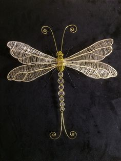 Chicken Wire, Wire Crafts, Wire Art, Metal Art, Crafts To Make, Wire Wrapping, Dragonflies, Gems, Butterfly