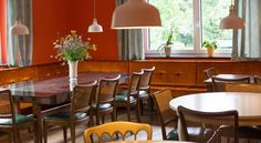 Booking.com: B&B - Das Franzl - St. Wolfgang, Österreich Table, Room, Furniture, Home Decor, Bedroom, Rooms, Interior Design, Home Interior Design