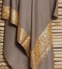 CraftsBazaar exclusive online marketplace of handcrafted products Kashmiri Suits, Kashmiri Shawls, Silk Kaftan, Silk Sarees, Indian Dresses, Indian Outfits, Ethinic Wear, Kashmir India, Kaftan Style