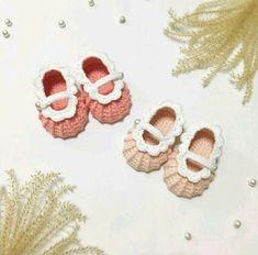 유아 덧신 뜨기 과정샷. : 네이버 블로그 Crochet Bebe, Doll Clothes, Diy And Crafts, Baby Shoes, Dolls, How To Make, Kids, Babies, Crochet Baby Dresses