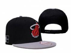 sports shoes fca01 fceac Casquette Miami Heat Noir Gris New Era Pas Cher   Casquette Pas Cher. smith  li · cheap snapback hats
