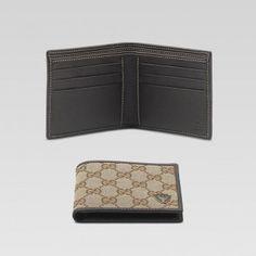 bi-fold wallet with metal gucci crest detail GMWSS1515 Gucci Herren 42b153f39177