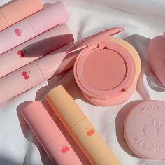 Kawaii Makeup, Cute Makeup, Pretty Makeup, Beauty Care, Beauty Skin, Beauty Makeup, Peach Makeup, Peach Aesthetic, Korean Aesthetic