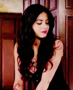 Isabelle Lightwood                                                       …