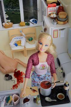 100 Incredibly Disturbing Barbie Dolls That Kill By Mariel Clayton [Gallery] Barbie Funny, Bad Barbie, Barbie And Ken, Barbie Kills Ken, Girl Barbie, Barbie Style, Barbie In Real Life, Barbie Life, Barbie World