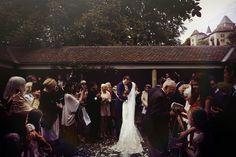 Sortie des mariés de l'église Vevey, Reportage Photo, Marie, Wedding, Pictures, Photography, Vibrant, Romantic Moments, Newlyweds