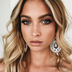 Hooded Eyes Makeup: Tips and Tricks For Droopy Eyelids Kapuzen Augen Make-up Flawless Makeup, Gorgeous Makeup, Skin Makeup, Nude Makeup, Nude Lip, Dead Gorgeous, Pretty Makeup, Beauty Make-up, Beauty Hacks