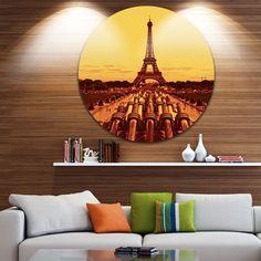 DESIGN ART Designart 'Vintage View of Paris Eiffel Tower Paris' Cityscape Disc Metal Artwork