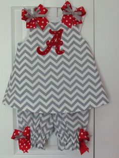 Chevron Bloomer Set Gameday Alabama Bama Roll Tide Football Collegiate Cheerleader on Etsy, $48.00 I need to pick up some black and orange chevron around Halloween and make Ashlyn a Game Day outfit for next year :)