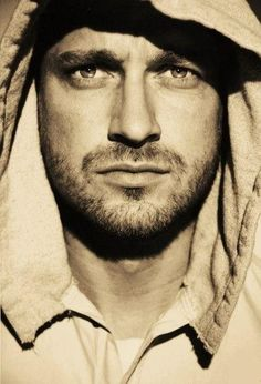 Gerard Butler....all this and Scottish to boot...oh my!!! I need a whole new board for this man!!!