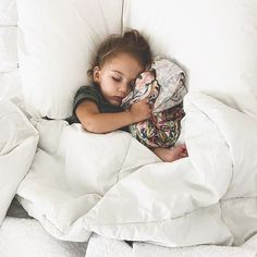 When those darn Monday's just wear you right out 😴 ⠀⠀⠀⠀⠀⠀⠀⠀⠀ Copper Pearl Lark Swaddle