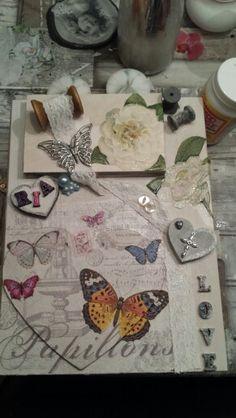 Houten boek bewerkt met servetten en andere leuke dingen