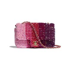 Discover the CHANEL Crystal & Gold-Tone Metal Fuchsia, Pink & Light Pink Spring-Summer and explore the artistry and craftsmanship of the House of CHANEL. Chanel Store, Chanel Chanel, Chanel Bags, Pink Chanel Bag, Chanel Handbags, Chanel Classic Flap, Chanel Spring, Beaded Bags, Luxury Bags