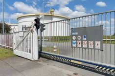 Large industrial gates are sturdy built-in materials to stop the entry of unknown people in the threshold of the industrial space. Agricultural Fencing, Palisade Fence, Fencing Companies, Steel Fence, Kwazulu Natal, Gates, Commercial, Africa, Industrial