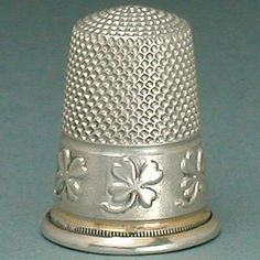 Antique French Hallmarked Silver Thimble w/ Four Leaf Clover Band * Circa 1900