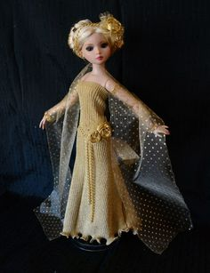 """SOLD """"Golden Lights""""Dress,Outfit,Fashion,Clothes for Tonner Ellowyne -Lumi #ClothingAccessories"""
