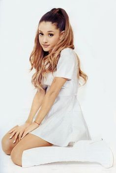 Ariana Grande - Inrock Magazine Photoshoot : Global Celebrtities (F) - FunFunky.com