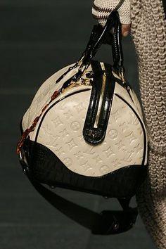 ♔ Black and Beige Louis Vuitton