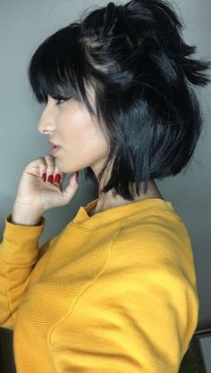 2019 short bob hairstyles and pixie haircuts.You are the best with Bob Hairstyles with fringe short hair with bangs 2019 For Women's - short hair 2019 Short Bob Haircuts, Short Hairstyles For Women, Pretty Hairstyles, Bob Hairstyles With Bangs, Short Fringe Hairstyles, Layer Haircuts, Haircut Short, School Hairstyles, Black Hairstyles