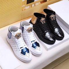 3e05f612d838 Европейский вокзал новый Medusa высокие ботинки моды лакированной кожи шить  ботинки на шнуровке личности с толстой