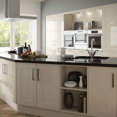 #kitchendesign #kitcheninspo #kitcheninspiration #kitchendiy #newkitchen #Builder #diy #sheratonkitchens #cusina #interiordesign Traditional Kitchen Inspiration, Home Budget, Best Wordpress Themes, Beautiful Kitchens, Kitchen Cabinets, Ivory, Table, Interiordesign, Furniture