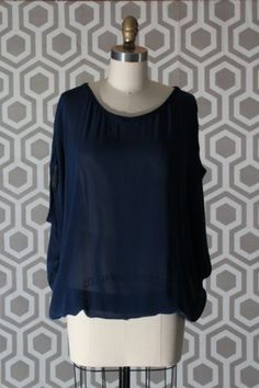 NWT Vince Knit Trim Chiffon Top Blouse Shirt Medium M 6-8 $225 Cashmere