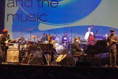 Da Romeo (bass) and the Crazy Moondog Band (Eric Legnini au piano)